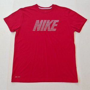 Nike spellout graphic tee
